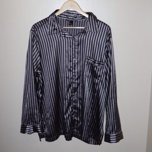 ✨Victoria's Secret✨ Satin/Silk Pajama Top